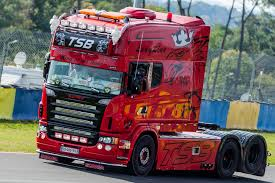 Custom Trucks Pictures - Free Big Rig & Show Semi Truck Tuning Photos