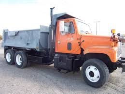 2000 IHC Tandem Axle Dump Truck Cummins Engine 5spd 2spd Hook Roll ... Midontario Truck Centre Inventory For Sale In Maple On L6a 4r6 2018 New Western Star 4700sf Dump Truck Video Walk Around At Used Mack Tandem Sale Rd688s Dump Tandem Axles For Sale 1993 Rd600 Axle Ford L Series Wikipedia 3 Trucks Expert 2005 Sold Peterbilt 359 15 Yard Box Cummins 400 Hp Diesel 13 Back End Of The 6 X 12 Trailer Rent 5970 Used 2003 Freightliner Fld112sd 1961