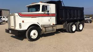 1988 INTERNATIONAL 9370 For Sale - YouTube 1988 Intertional 9300 Cab For Sale Sioux Falls Sd 24566122 Intertional 1700 Sa Dump Truck For Sale 599042 8 Ton National 455b S1900 Alto Ga 5002374882 Used F65 Model 2274 2155 Navister 1754 Diesel Single Axle Van Body Hood 2322 Sale At Morrisville Ny S2500 Tandem Truck 466 Diesel Engine 400 Hours F2674 Water Truck Item F8343 Sold Oc Very Clean S2600 For F9370 Stock 707 Hoods Tpi