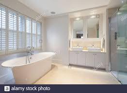 keller badezimmer stockfotos und bilder kaufen alamy