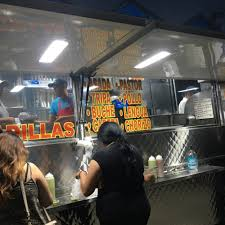 100 La Taco Truck S Gage Los Angeles Food S Roaming Hunger