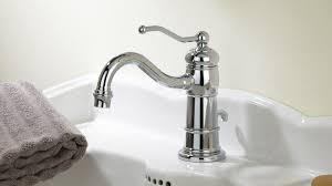 robinetterie salle de bain retro
