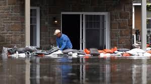 sac de inondation inondations rouyn noranda envoie 5 000 sacs de sables pour aider