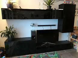 wohnzimmerschrankwand ikea besta schwarzbraun mit rauchglas