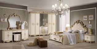 extravagante schlafzimmerkombination im barock stil