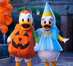 Best Halloween Attractions New England by Best Halloween Events On The East Coast