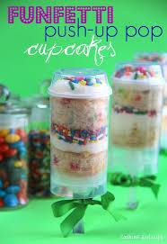 Funfetti Push Up Pop Cupcakes