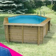 vente de piscines en bois semi enterrées de différentes formes