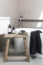 hocker für badezimmer bad bank badezimmer holz bad styling
