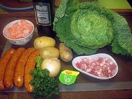 cuisiner chou frisé recette de chou frisé aux saucisses fumées