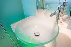 glas waschbecken reinigen so entfernen sie flecken