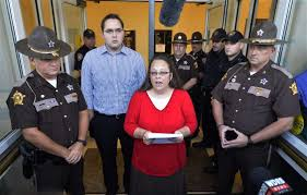 100 Gay Truck Drivers Johnson City Press Kentucky Clerk Wont Interfere With Gay Marriage