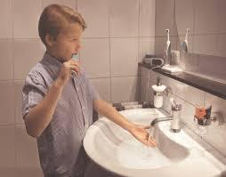 wasserverbrauch beim duschen baden waschen so können sie