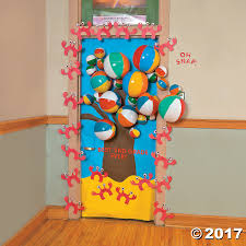Kindergarten Christmas Door Decorating Ideas by Door Decoration Ideas Classroom Door Decorations