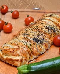 cuisiner les l馮umes autrement cuisiner les légumes autrement feuilleté original avec courgettes