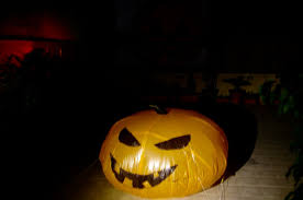 Halloween Airblown Inflatables Uk by Diy Inflatable Halloween Pumpkin For Under 10 Youtube
