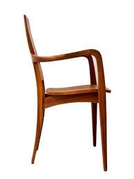 skandinavischer stuhl in nussbaum julietta mbzwo design