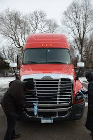 100 Trucking Companies That Train Drivers More Truck Are Bringing Their Spouses With Them On The Road