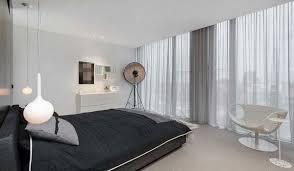 schwarzen und weißen schlafzimmer vorhänge stativ le