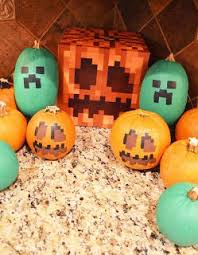 Minecraft Sword Pumpkin Carving Patterns by Best 25 Minecraft Pumpkin Ideas On Pinterest Minecraft Party