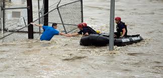 Spirit Halloween Austin Tx Lamar by Photos Houston Under Water As Deadly Texas Flooding Pushes East
