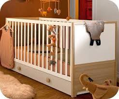 chambre bebe bois massif lit bebe bois lit bacbac avolutif aol bois et blanc lit bebe bois