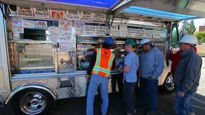 Ralph's Snack Bar Food Truck - YouTube