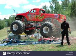 Image - Bear-foot-monster-truck-jumping-over-crushed-cars-inwood ... Monster Truck Crushing Cars License For 3100 On Picfair Paradise Truck Mid Air Jump Stock Editorial Photo Mreco99 165107558 Good Crowd Takes In Two Nights Of Trucks Event News Clujnapoca Romania Sept 25 Blue Safe To Use Youtube Ford F150 Svt Raptor Traxxas Stampede Xl5 110th 30mph Electric The Story Behind Grave Digger Everybodys Heard Of Fileair Force Aftburner Crushes At The 2007 Jam A Carcrushing Comeback Wsj Crushing Cars In Grizzly