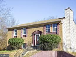 100 Rosanne House 8802 Ct Clinton MD 20735 MLS 1001092483 Coldwell Banker