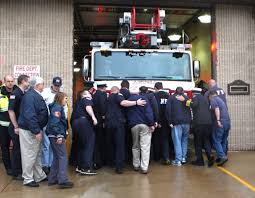 New 'quint' Fire Truck Provides Aetna Flexibility | News ... 1988 Emergency One 50 Foot Quint Fire Truck 1500 Fire Apparatus Grapevine Tx Official Website Seagrave Portland Me Fd 100 Quint Trucks Pinterest Town Of Lincoln Nh Purchases Kme Mid Mount Platform Quint Fighting In Canada Ladder Truck Stlfamilylife Product Center For Magazine 1991 Pierce Arrow 75 Used Details 2001 Eone Cyclone Ii Hp100