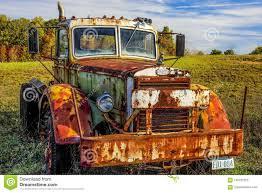 100 Old Mack Trucks Editorial Image Image Of Building Mack Graveyard