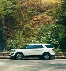 Ford Explorer Captains Chairs Second Row by 2017 Ford Explorer Suv Features Ford Com