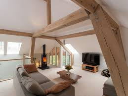 welche möbel für dachschrä machen den raum schön wohnlich