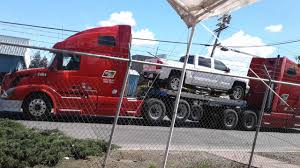 100 Pulling Truck This Truck Pulling Trucks Mildlyinteresting