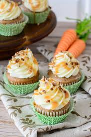 This irresistible grain free carrot cake cupcake recipe is so good and actually good for you