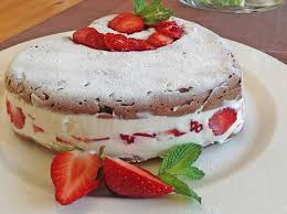 rezept erdbeer mascarpone herz lowcarb glutenfrei