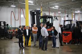 KION North America Corporation & Illinois Material Handling Host ... Electric Sit Down Forklifts From Wisconsin Lift Truck Trucks Yale Sales Rent Material Forkliftbay 55000 Lb Taylor Tx550rc Forklift 2007 Skyjack Sj4832 Slab About Us Youtube Vetm 4216 Jungheinrich Forklift Repair Railcar Mover Material Handling In Wi Forklift Batteries Battery Chargers 2011 Hyundai 18brp7 Narrow Aisle Single Reach