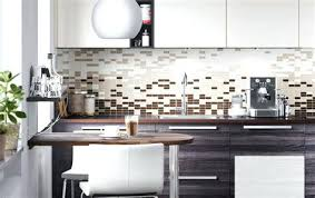 declic cuisine idee decoration murale pour cuisine decoration murale palettes