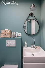 kleines bad in farbe mit wandleuchte lena click licht de