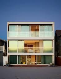 100 Oxnard Beach House Montalba Architects Inc Archello