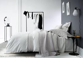 chambre grise et beautiful chambre gris fonce et blanc ideas design trends 2017