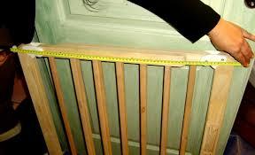 j installe une barrière de sécurité enfant