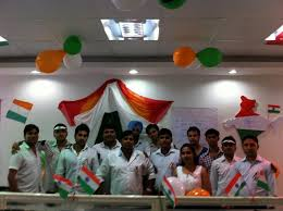 Cubicle Decoration Ideas Independence Day by 26 Original Desk Decoration Themes In Office For Independence Day