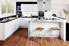 küche mit kochinsel und theke modell 2020 elegante