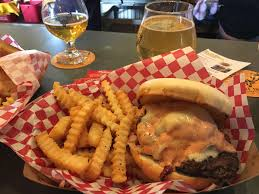 Sofa King Juicy Burger Facebook by Brewery Tasting Rooms And Food Trucks Are The Perfect Summer