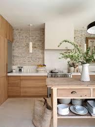 Large Farmhouse Enclosed Kitchen Designs