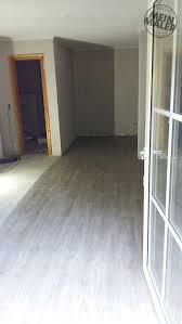 betonoptik streichputz vinyl plankenbelag in bad malente