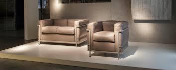 canape le corbusier lc2 poltrona armchair by le corbusier jeanneret