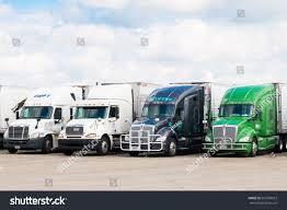 100 Semi Trucks For Sale In Illinois Chicago Aug 25 2016 Stock Photo Edit Now