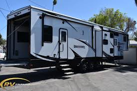 California RV Dealer, New & Used RVs, Travel Trailers, Fifth Wheels ...